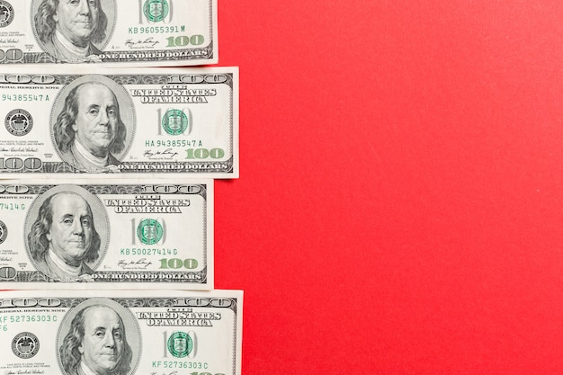 Honderd-dollarbiljetten bovenaanzicht van het bedrijfsleven met copyspace