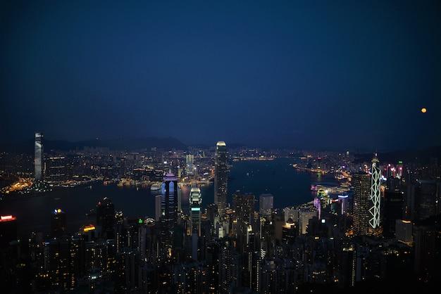 Hong kong-de mening van de stadsnacht