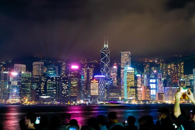 Hong kong-stadshorizon bij nacht