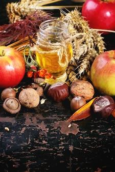 Honing, noten en appels