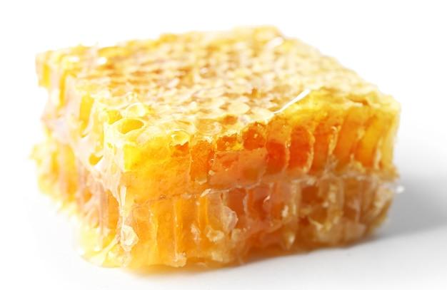 Honingraat geïsoleerd op wit