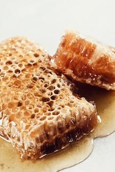 Honingraat op wit
