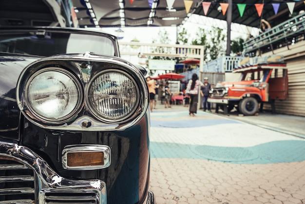 Hoofd licht van oude auto