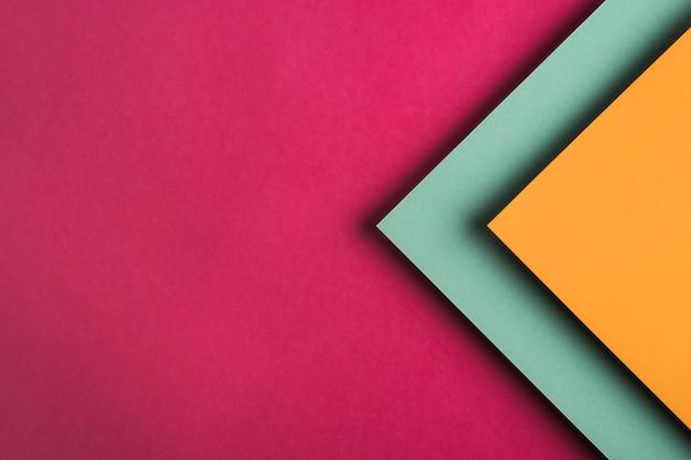 Hoogste mening van kleurrijke document bladen