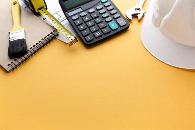 Hoogwaardige reparatiehulpmiddelen en constructeurhoed