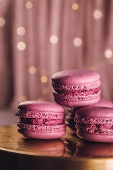 Hoop kleine roze macarons
