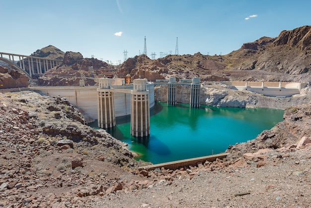 Hoover dam in nevada en arizona
