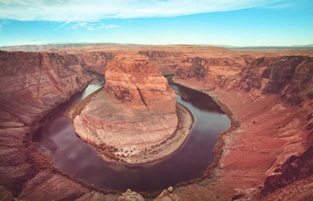 Horseshoe bend bij page, utah, vs. mooie ongebruikelijke amerikaanse landschappen.