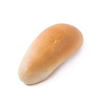 Hotdogbroodje op witte achtergrond wordt geïsoleerd die