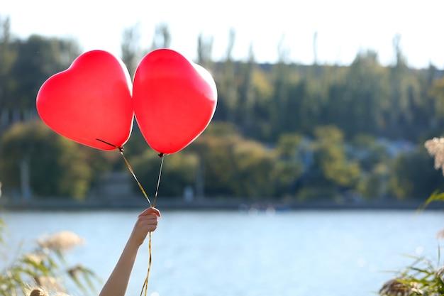 Hou van hart ballonnen, buitenshuis