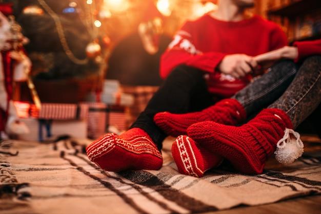 Hou van paar gelukkig samen, kerstvakantie.