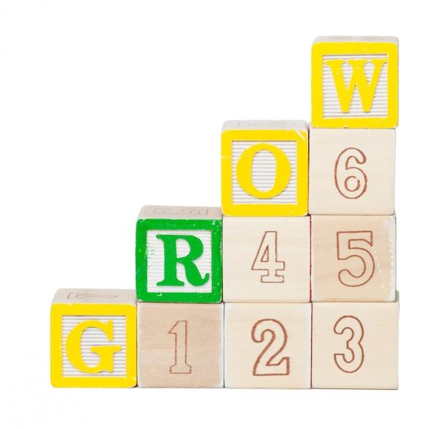Houten alfabet blokken geïsoleerd