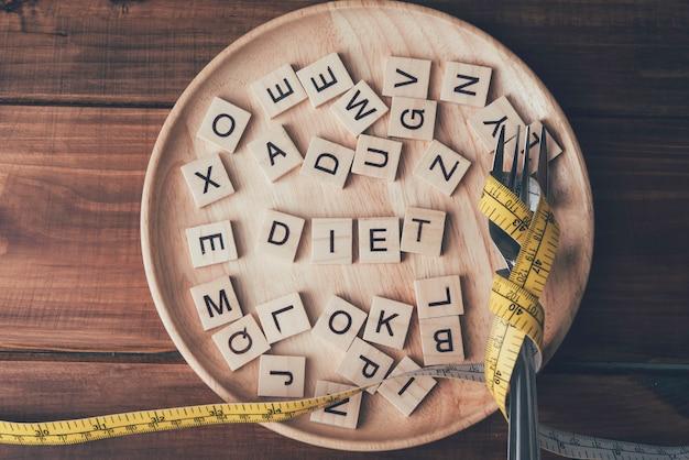 Houten brievenbus op houten dienblad ideeën om gewicht te verliezen