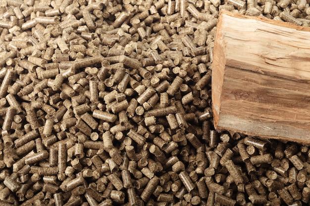 Houten pellets voor open haarden en kachels
