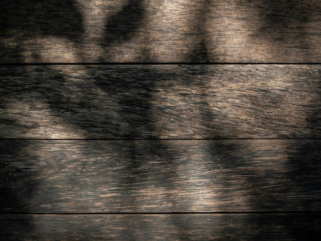 Houten textuuroppervlak met schaduwen