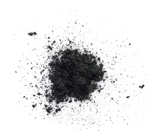 Houtskool op een witte ondergrond