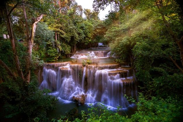 Huai mae kamin-waterval in kanchanaburi