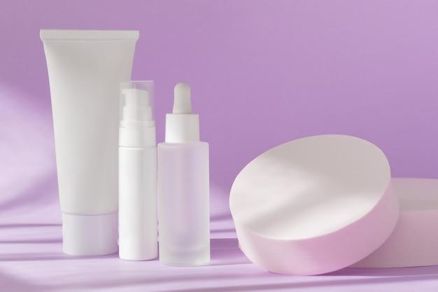 Huidverzorging cosmetische flessen mockup