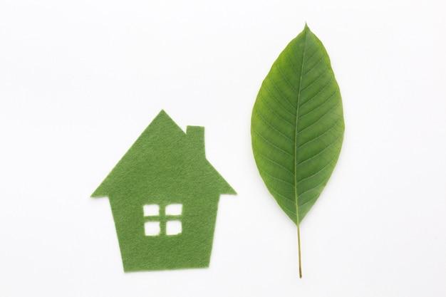 Huis gemaakt van blad
