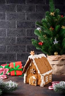 Huis van de kerstmis het eigengemaakte peperkoek