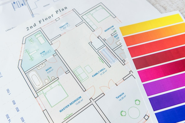 Huisblauwdruk met kleurenpalet. ontwerparchitectuur, woningrenovatie