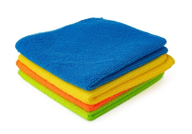 Huishoudelijke doekjes schoonmaken geïsoleerd op witte achtergrond