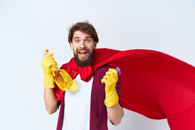 Huishoudster rode mantel schoonmaak hygiëne professionele levensstijl