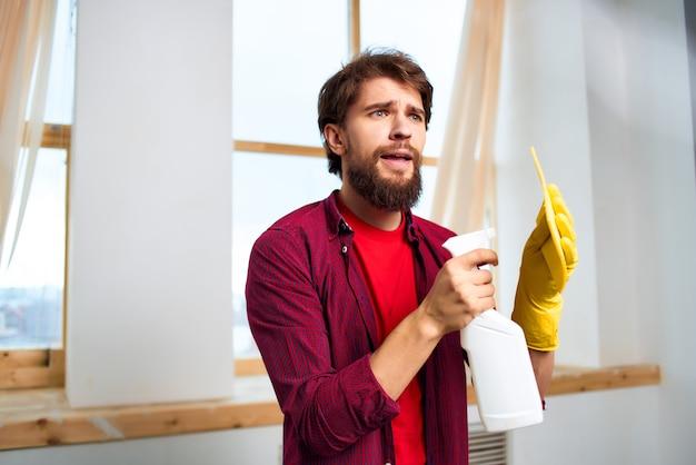 Huishoudster schoonmaak hygiëne dienstverlening. hoge kwaliteit foto