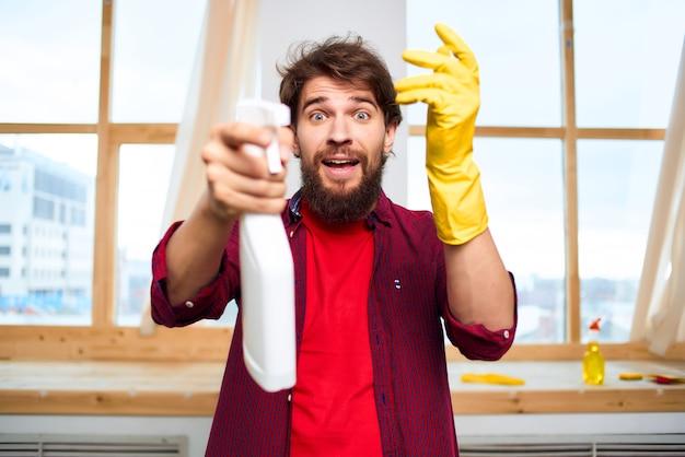 Huishoudster schoonmaak hygiëne hygiëne thuiszorg