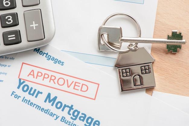 Huissleutel op hypotheek goedgekeurde aanvraag