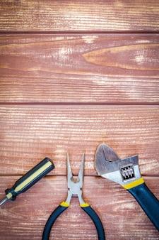 Hulpmiddelen voor bouwmeester en toebehoren