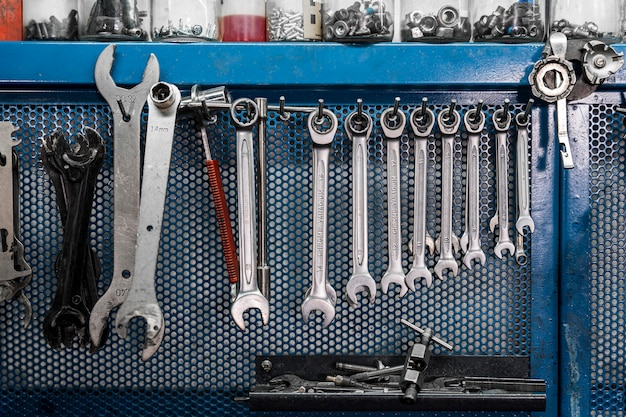 Hulpmiddelen voor het maken van fietsen in de werkplaats