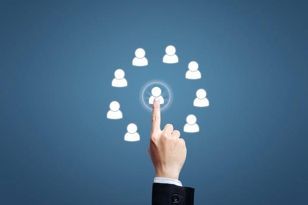 Human resources management concept op blauwe achtergrond.