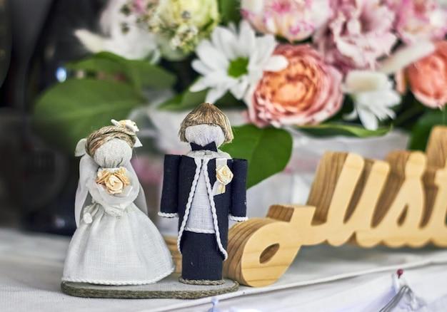 Huwelijksbeeldjes van de bruid en bruidegom