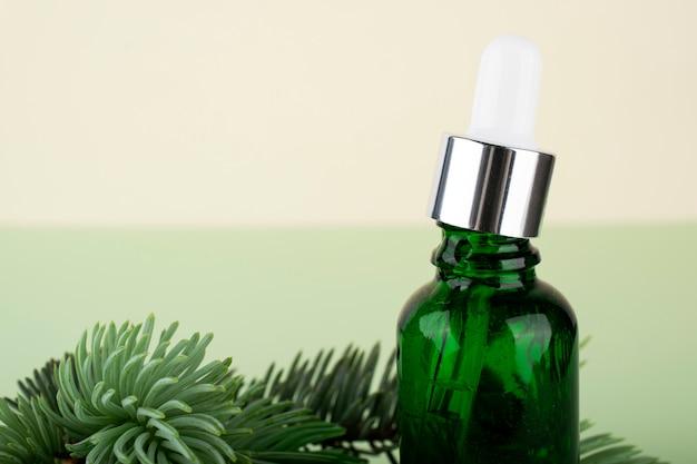 Hyaluronzuur fles. schoonheid, gezichtsverzorgingscosmetica voor persoonlijke hygiëne.