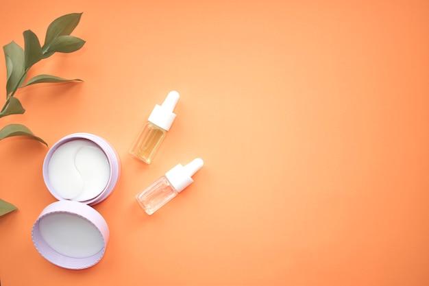 Hydrogel ooglapje met karitéboter en cosmetische olie voor het gezicht