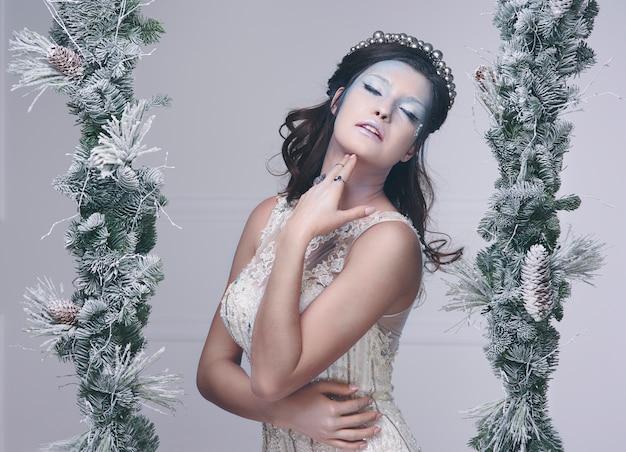 Ice fairy poseren bij studio-opname