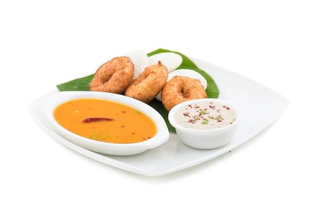 Idli vada zuid-indiaas eten