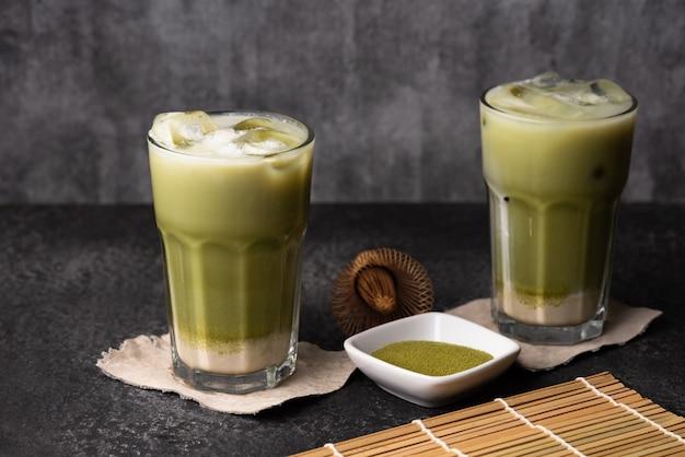 Ijs groene thee latte voedsel