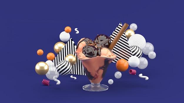 Ijs in een glazen beker omgeven door kleurrijke ballen op paars. 3d-weergave.