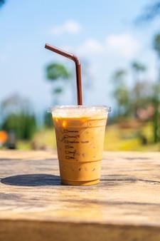 Ijs latte koffiekopje