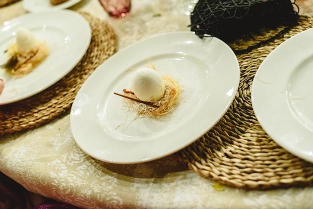 Ijskoud dessert voor een bruiloft.