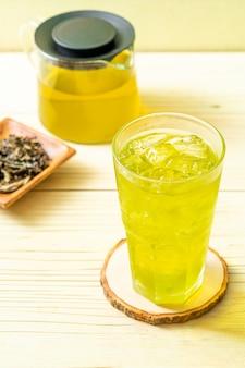 Ijskoude japanse groene thee