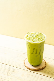 Ijsthee matcha latte groene thee