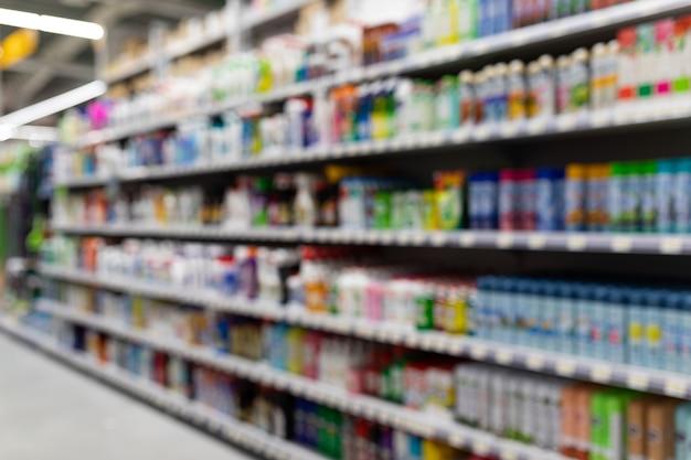 Ijzerhandel met schoonmaakproducten, waaronder schoonmaakproducten.
