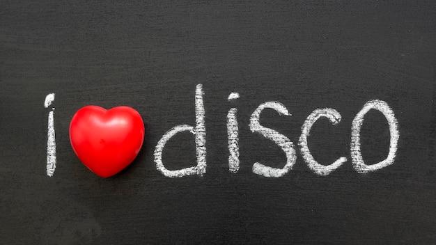 Ik hou van disco zin handgeschreven op het schoolbord
