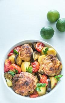 Indiase pikante kip met groenten