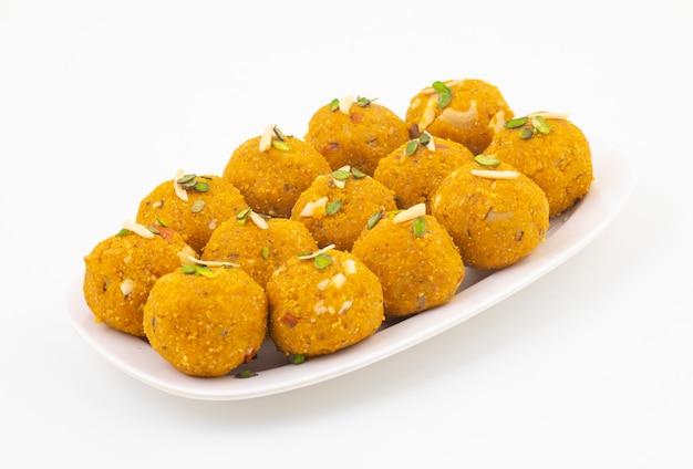 Indisch traditioneel de winter zoet voedsel methi laddu
