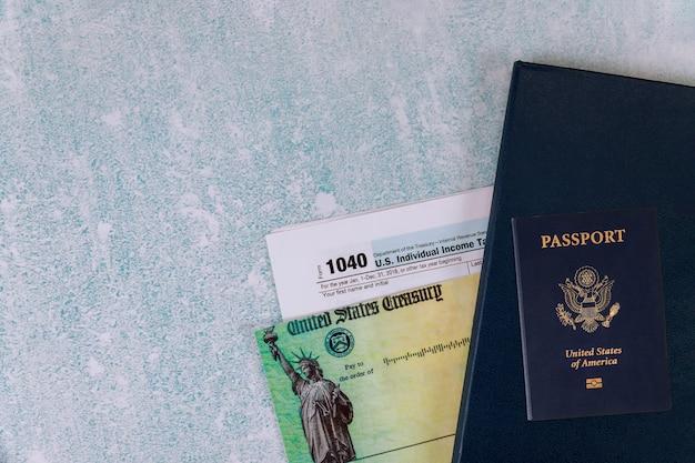 Individuele inkomstenbelasting datum tijd retourformulier 1040 amerikaans amerikaans paspoort