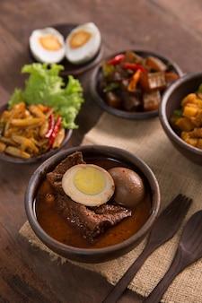 Indonesische traditionele gerechten